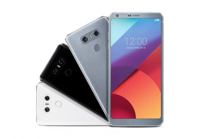 The front and back view of the LG G6 in Mystic White, Astro Black and Ice Platinum, fanning out at a 90° angle to the left