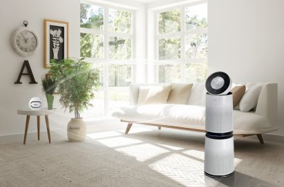 LG PuriCare air purifier and fine dust sensor placed on either side of the living room