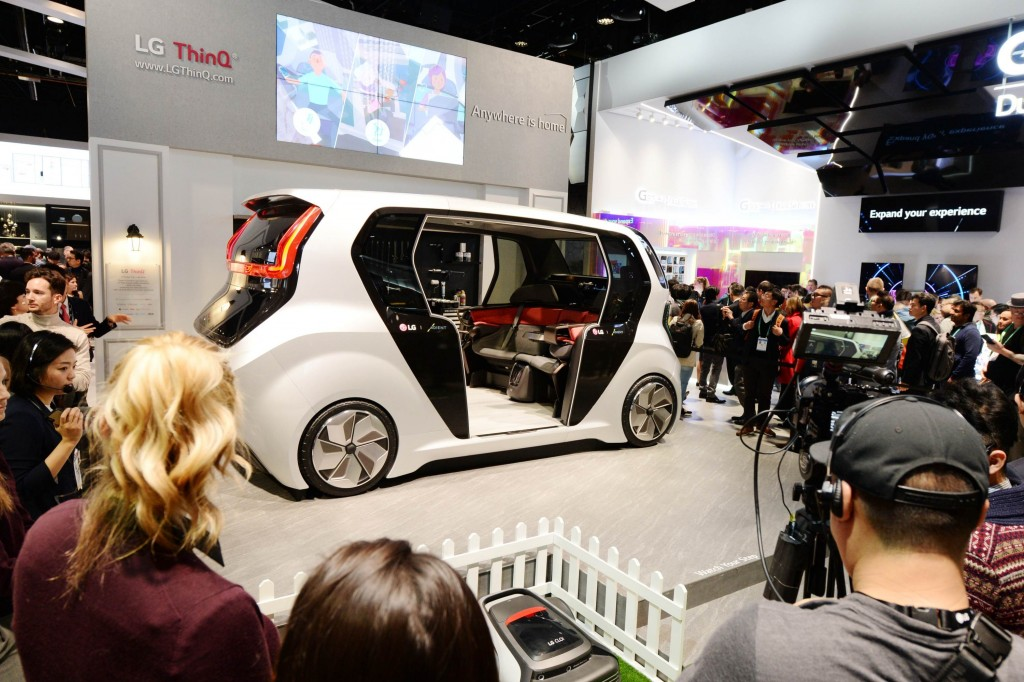 A rear side view of the Connected Car concept LG unveiled at CES 2020, which showcases the future of the car with the company's leading LG ThinQ intelligence