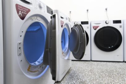 The washers and dryers donated by LG Greece to the Multipurpose Homeless Center which shorten the time spent on doing laundry thanks to advanced features.